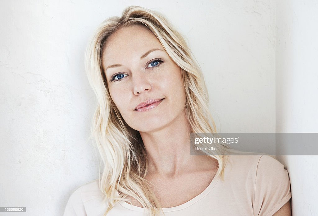 Natural beauty portrait of relaxed blonde woman : Stock Photo