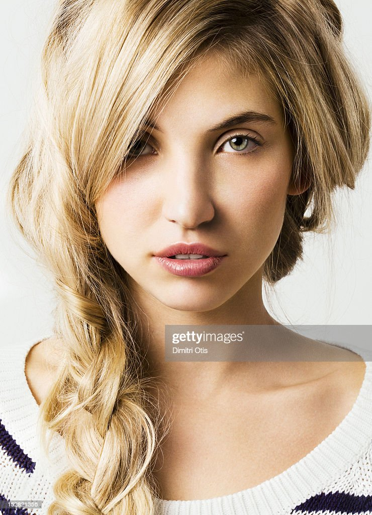 Natural beauty portrait of young blonde model : Stock Photo