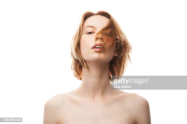 natural beauty woman looking at camera in studio - セミヌード ストックフォトと画像
