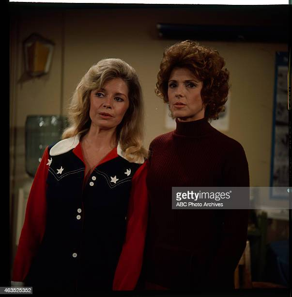 COUPLE Natural Childbirth Airdate September 17 1971 L