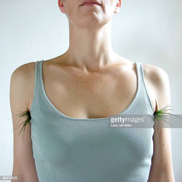 100% natural look - female armpits stock pictures, royalty-free photos & images