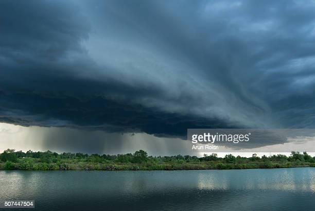 natural phenomenon - light natural phenomenon stock pictures, royalty-free photos & images