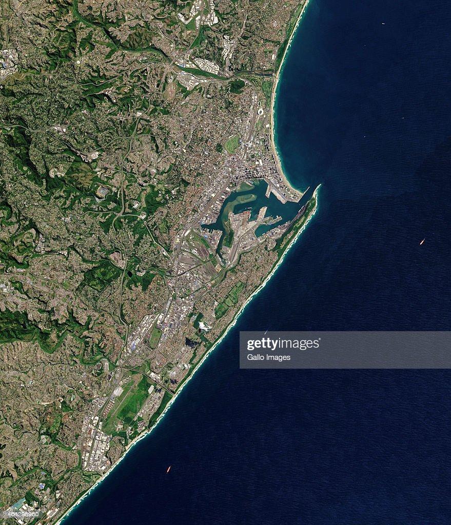 satellite views of durban south africaの写真およびイメージ