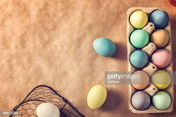 Natürlich gefärbt Ostern Eier