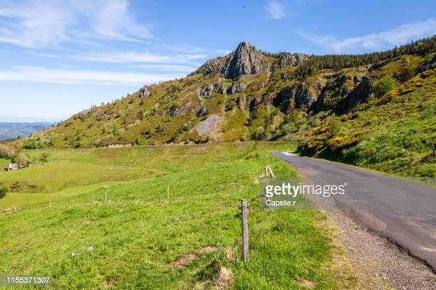 nature - paysage ardéchois - rhone alpes stock photos and pictures