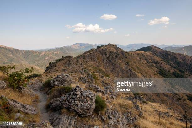nature - sentier des 4000 marches - ガール県 ストックフォトと画像