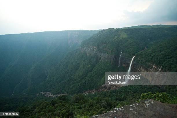 Naukhalikai waterfalls