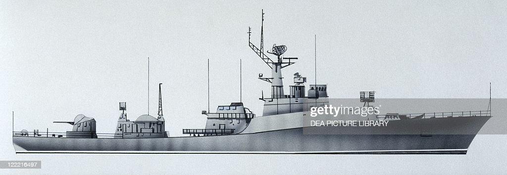 Naval ships - Soviet Navy corvette Izumrud, 1970  Color