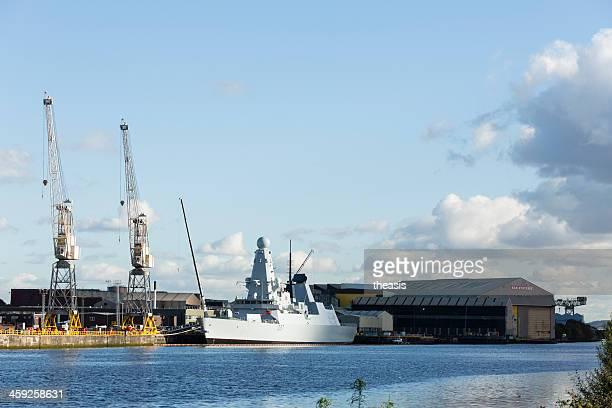 estaleiro naval, glasgow - theasis imagens e fotografias de stock