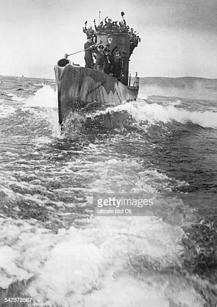 WW II naval warfare UBoat war Returning geman submarine to its naval base at the altantic coast August 1942BZ