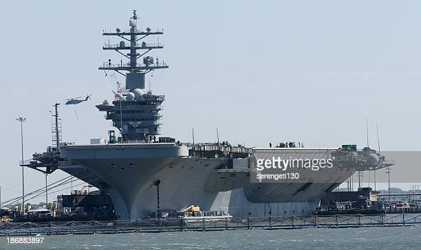 us navy aircraft carrier - aircraft carrier stock pictures, royalty-free photos & images
