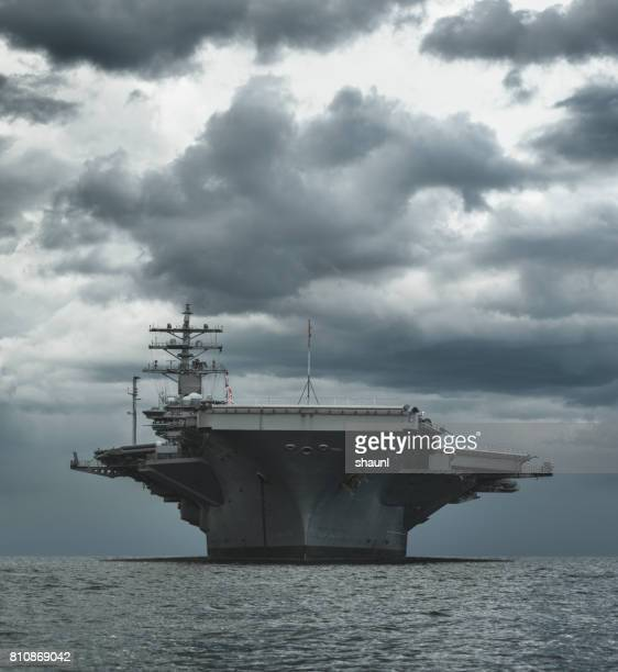 us navy aircraft carrier - navy stock pictures, royalty-free photos & images