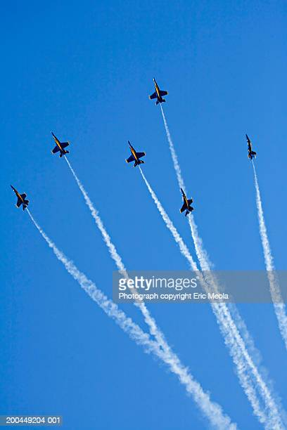 us navy blue angel f-188 flight team, low angle view - blue angels stock pictures, royalty-free photos & images