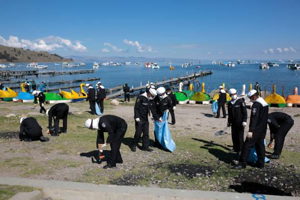 BOL: Lake Titicaca Faces Pollution Threat