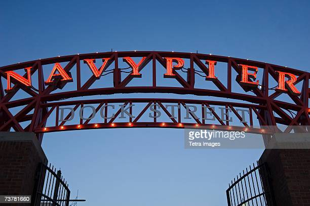 navy pier sign in chicago illinois usa - navy pier stock pictures, royalty-free photos & images