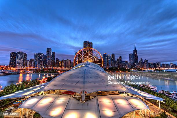 navy pier skyline - navy pier stock pictures, royalty-free photos & images