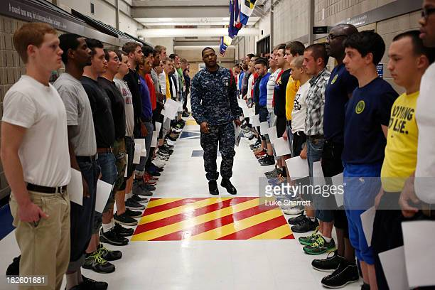 54 Recruits Train At Great Lakes Navy Boot Camp Pictures