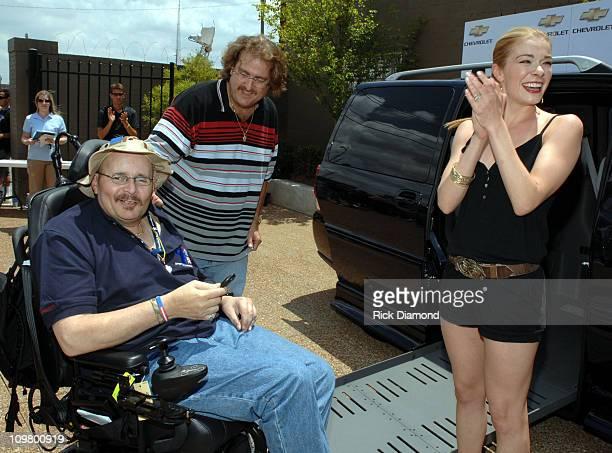 Navy SeaBee Peter Reid Brian Kroen and LeAnn Rimes