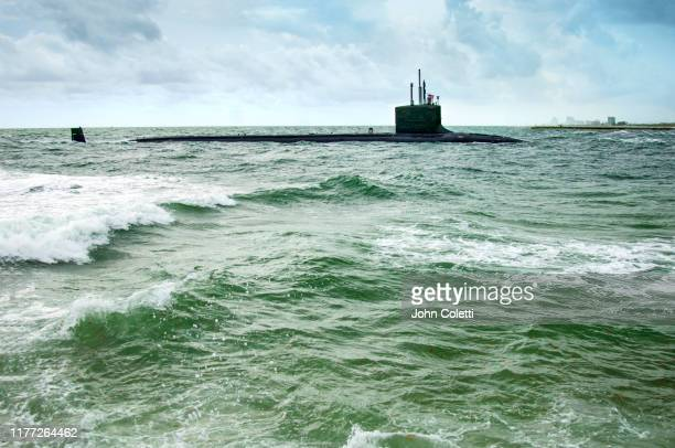 navy submarine, fort lauderdale, florida - submarine photos stock pictures, royalty-free photos & images
