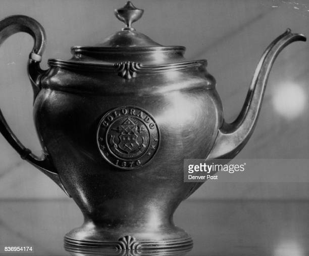 Navy * Vessels * Cruisers * Pueblo ***** USS Pueblo and USS Colorado deposited at Cols Hist Soc Museum by Secy Navy in 1947 Eight inch silver teapot...