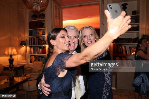 Nazan Eckes and Frank Elstner and his wife Britta Elstner take a selfie during the Gala Spa Awards at Brenners ParkHotel Spa on April 14 2018 in...