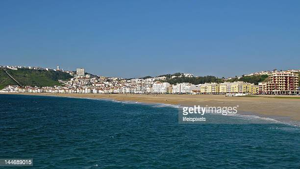 nazare praia - lifeispixels stock pictures, royalty-free photos & images