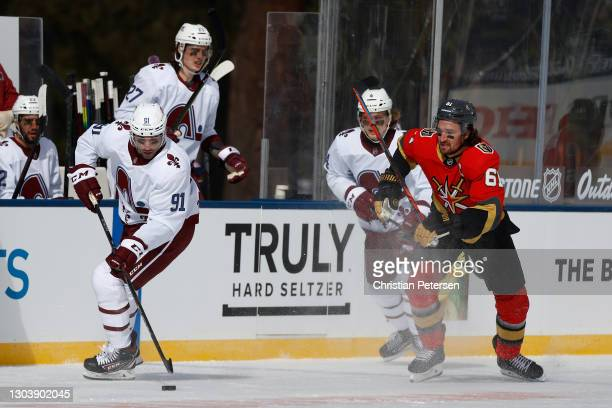 Nazem Kadri of the Colorado Avalanche skates with the puck against the Vegas Golden Knights during the 'NHL Outdoors At Lake Tahoe' at the Edgewood...