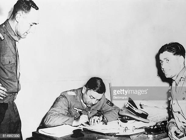 Nazi Commander Surrending Paris Paris France General Dietrich Von Choltitz commander of Nazi forces in Paris sits at a desk in the Montparnasse...