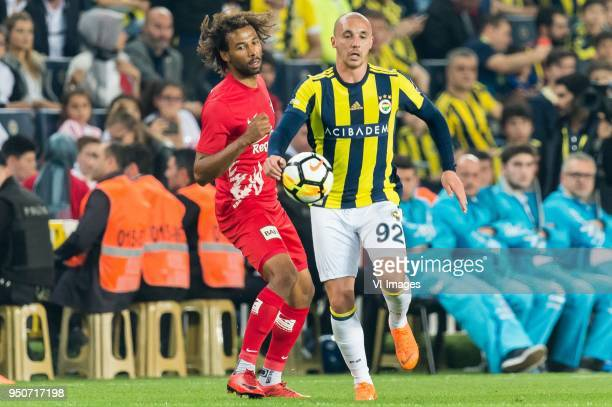 Nazim Sangare of Antalyaspor AS Aatif Chahechouhe of Fenerbahce SK during the Turkish Spor Toto Super Lig match Fenerbahce AS and Antalyaspor AS at...