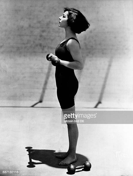 Nazimova Alla Actress Producer Russia / USA working out 1924 Vintage property of ullstein bild