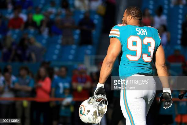 Ndamukong Suh of the Miami Dolphins during pregame against the Buffalo Bills at Hard Rock Stadium on December 31 2017 in Miami Gardens Florida