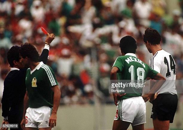 MEXIKO 210686 DEUTSCHLAND MEXIKO nE 41 ROTE KARTE fuer Thomas BERTHOLD /GER