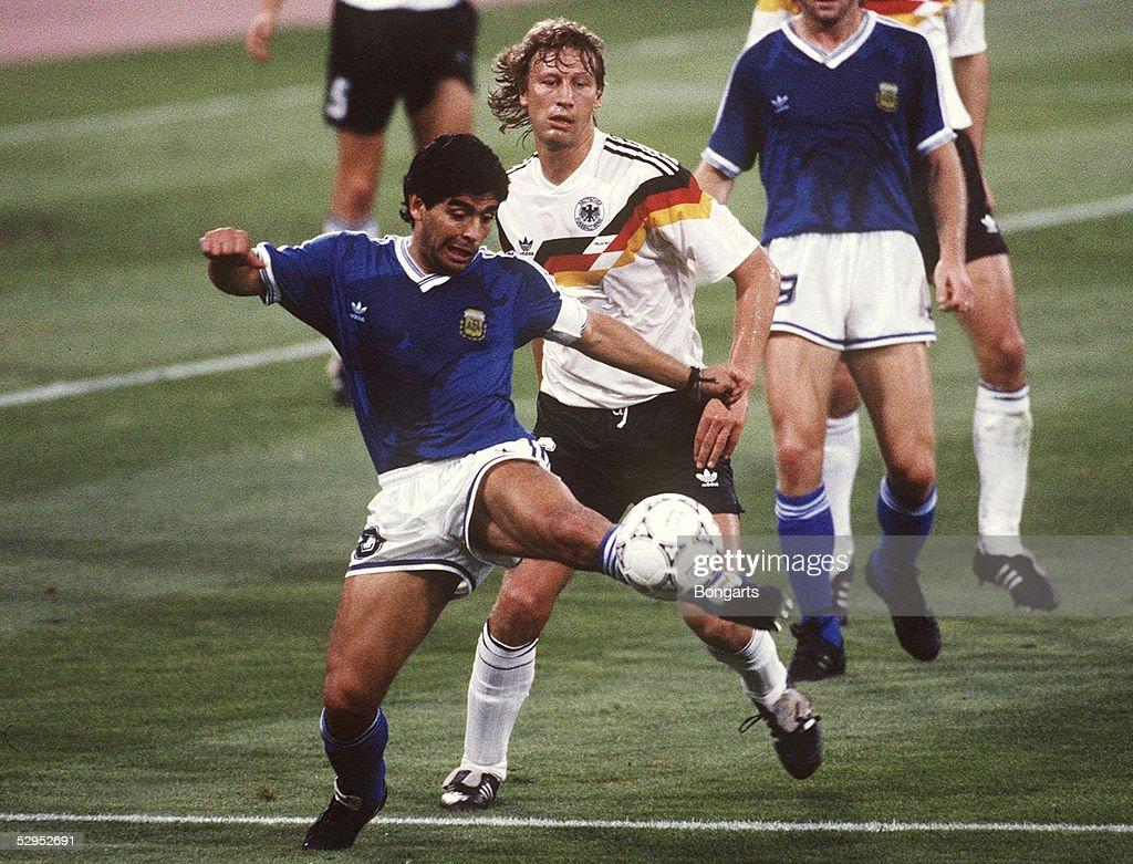 FUSSBALL : WM 1990 FINALE GER - ARG 1:0 n.E. : News Photo