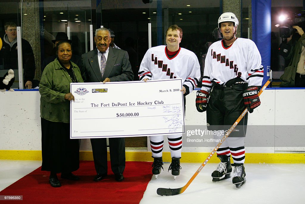 NHL, Capitals & US Congress Team Up For Fort Dupont Ice Hockey : News Photo