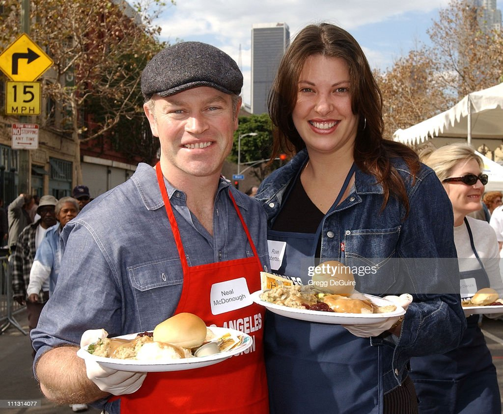 Los Angeles Mission Thanksgiving Meal for the Homeless