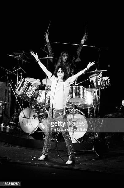 Neal Smith and Alice Cooper of the rock group Alice Cooper perform in November 1972 at Hofstra University in New York City New York