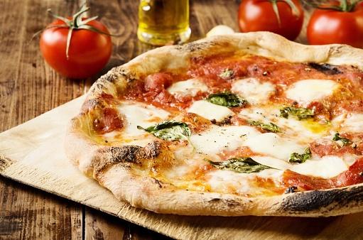 Neapolitan Pizza 1001656546