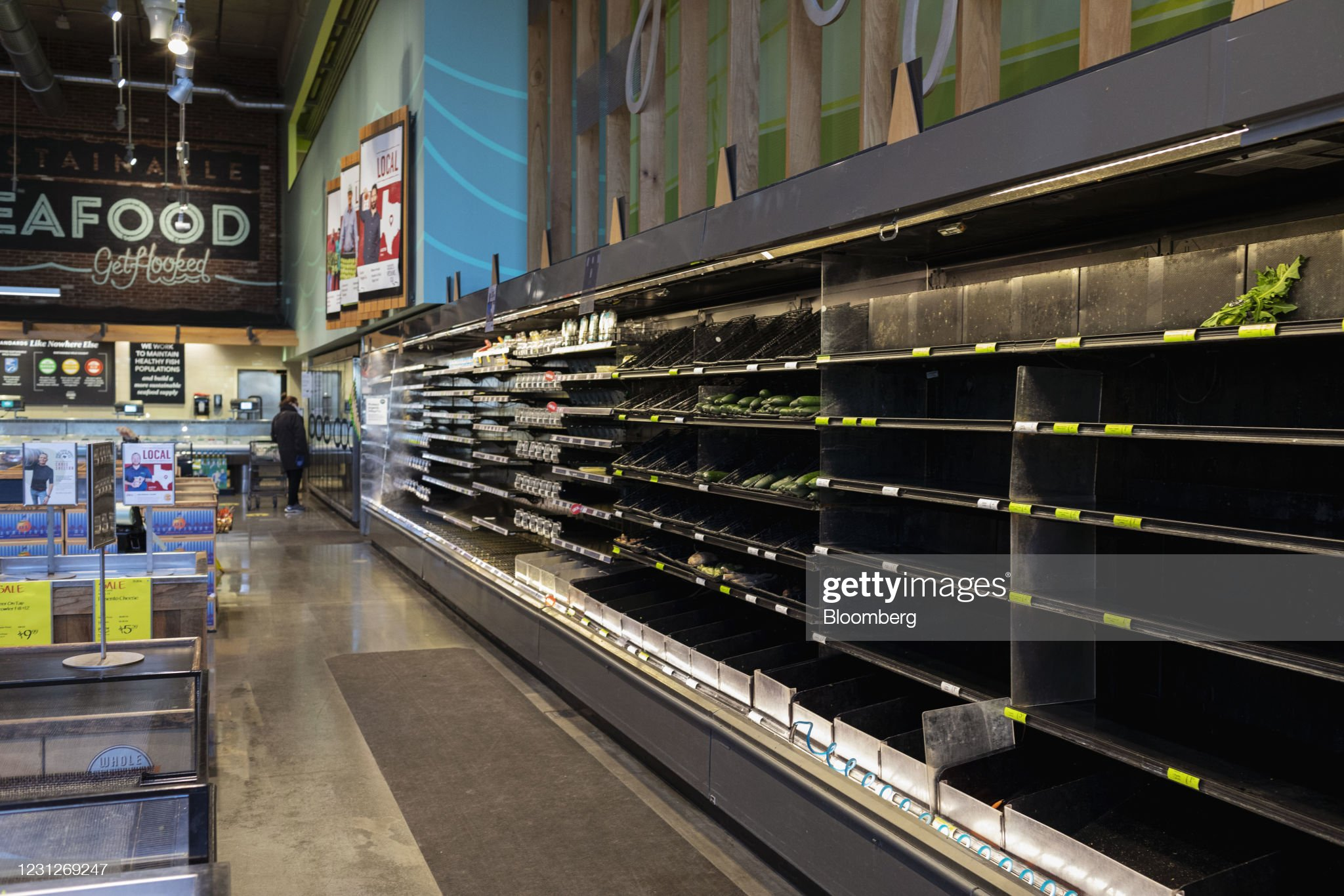 Texas Water Outages Affect 14.4 Million People : News Photo