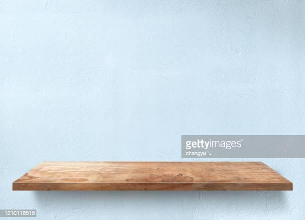 neat exhibition table; - 厚板 ストックフォトと画像