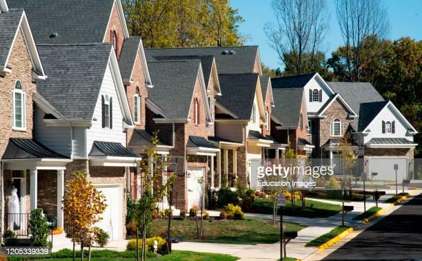 Neat line of suburban houses in Fairfax Virginia