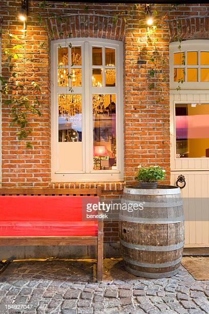 Elegante restaurante Fachada