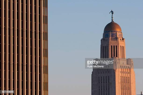 nebraska captiol building  - lincoln nebraska stock pictures, royalty-free photos & images