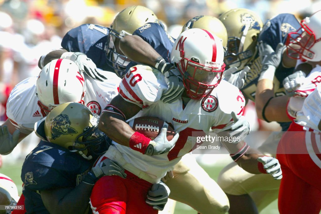 NCAA Football - Nebraska  vs Pittsburgh - September 18, 2004 : News Photo