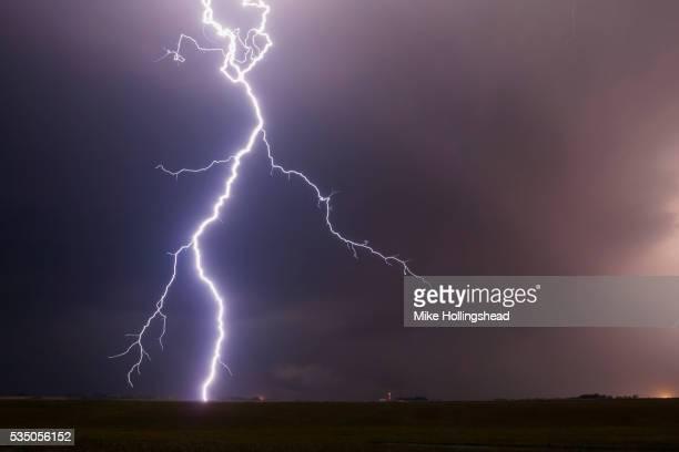 nebraska lightning - lightning stock pictures, royalty-free photos & images