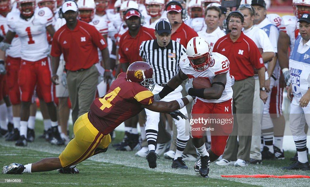 NCAA Football - Nebraska vs USC - September 16, 2006 : News Photo