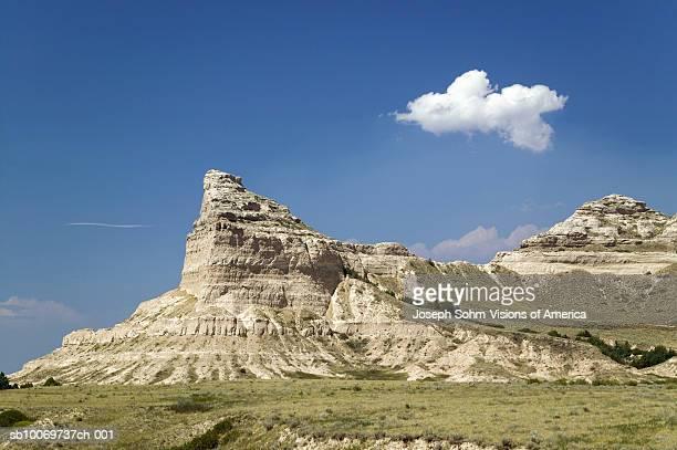 usa, nebraska, scottsbluff, old oregon trail, scotts bluff national monument - nebraska stock photos and pictures