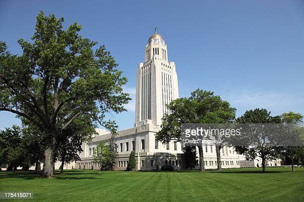 nebraska state capitol in lincoln, nebraska - lincoln nebraska stock pictures, royalty-free photos & images