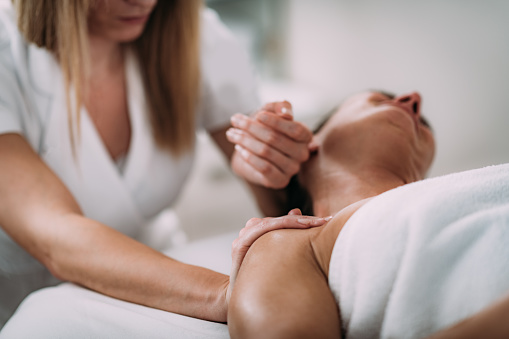 Neck Sports Massage Therapy 1162194343