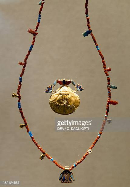 Necklace and pendant of coloured glass paste and gold Goldsmith Art Egyptian Civilisation Middle Kingdom Dynasty XII Monaco Staatliche Sammlung...