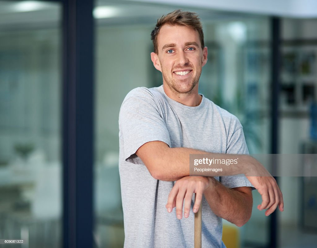Need something cleaned? I'm your man! : Stock Photo
